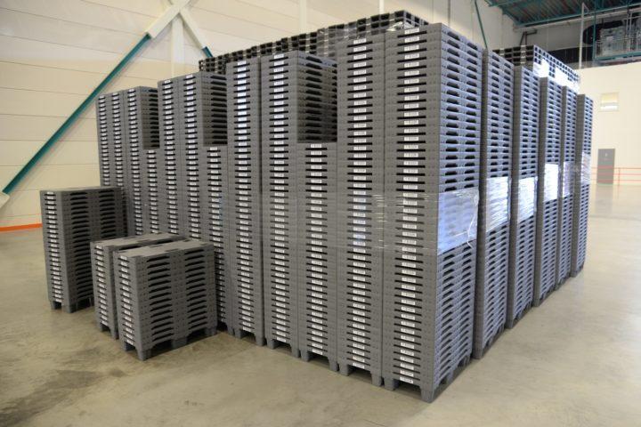 Spar lagerplass med vårt retursystem for paller